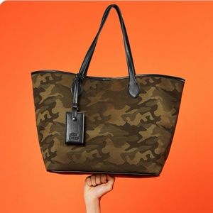 Steve Madden Camo/Army tote bag